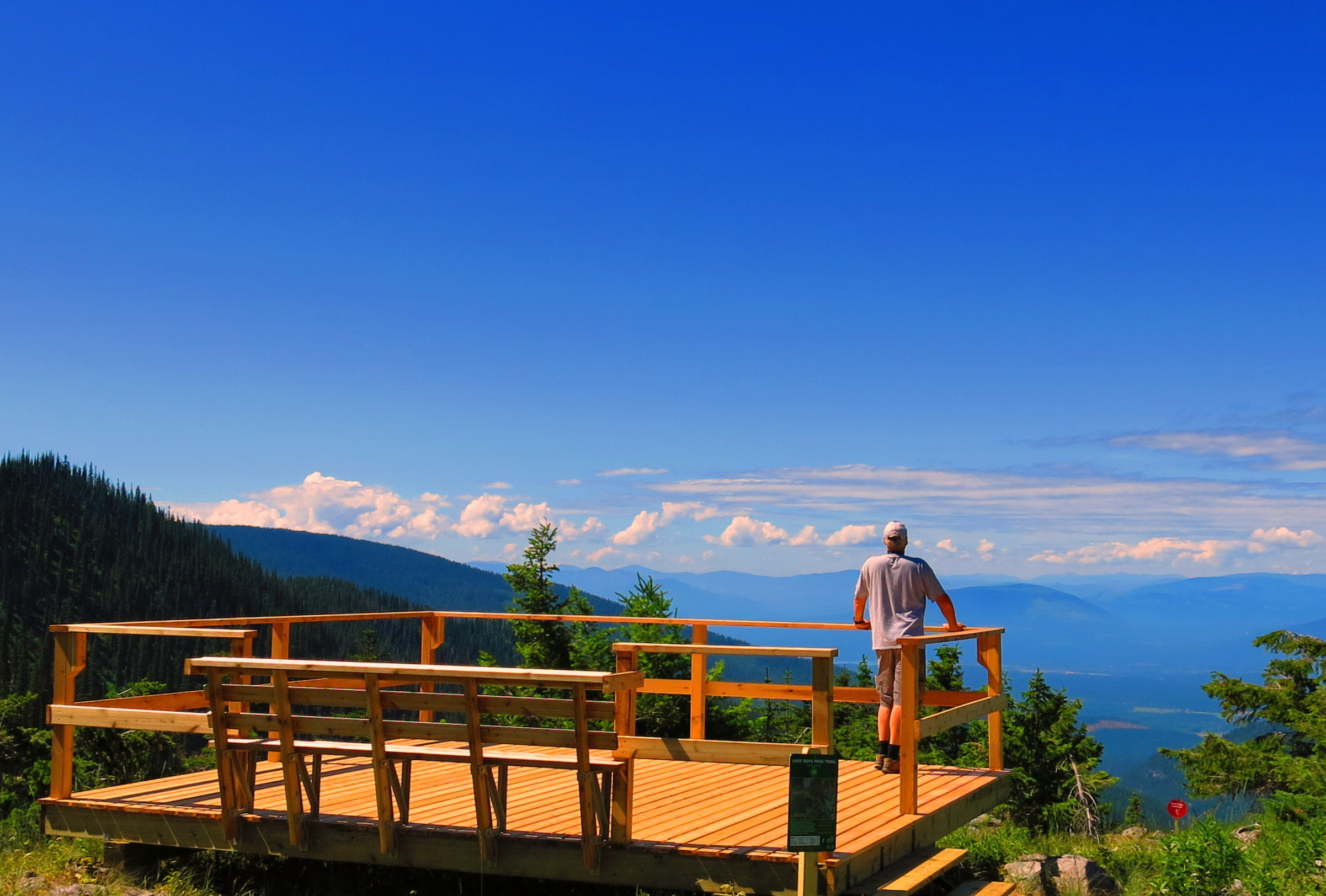 5 places to see spectacular scenery this summer fernie for Alpine lodge